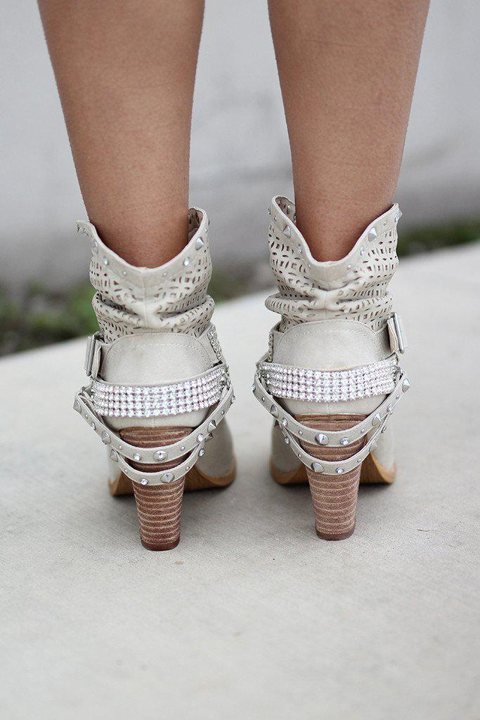 Shiloh Cream Booties