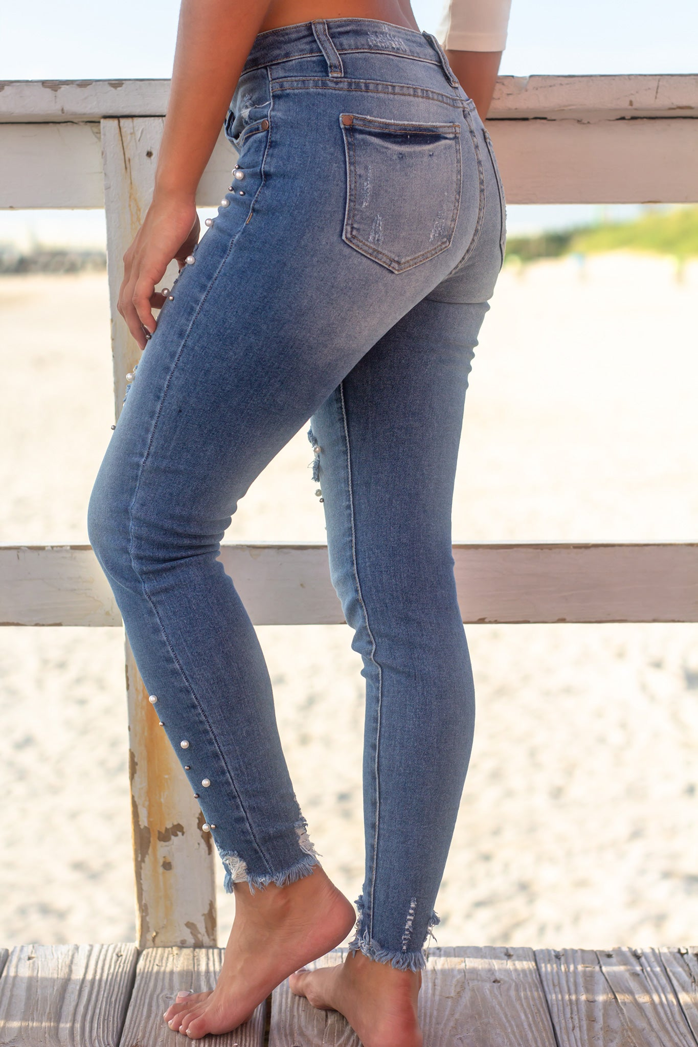 Skinny Jeans with Pearl Details