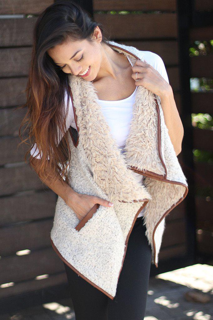 Vanilla Faux Fur Vest With Pockets