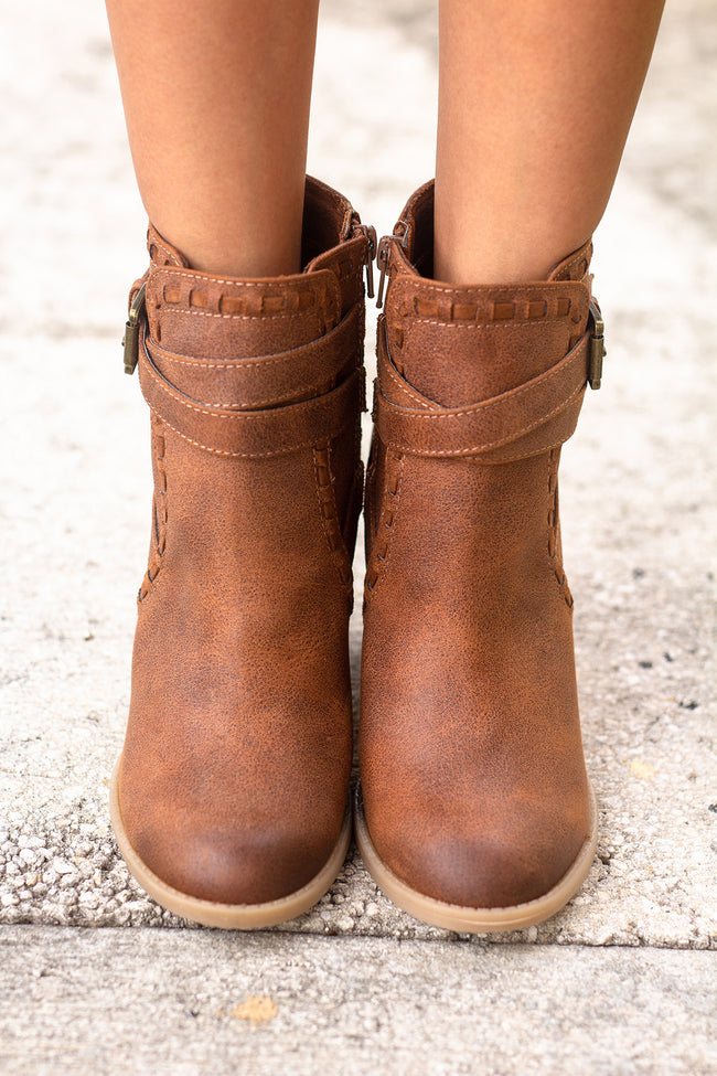 Violeta Tan Booties