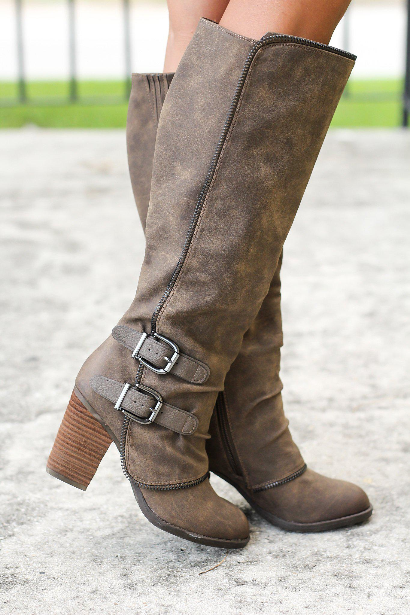 Volcan Taupe Boots
