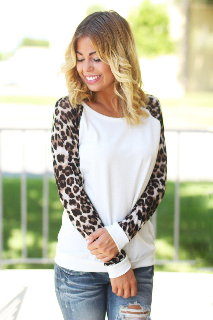 leopard sleeves sweater
