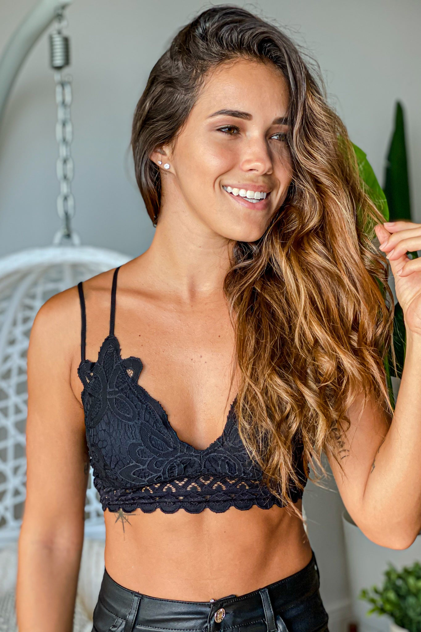 black cute bralette