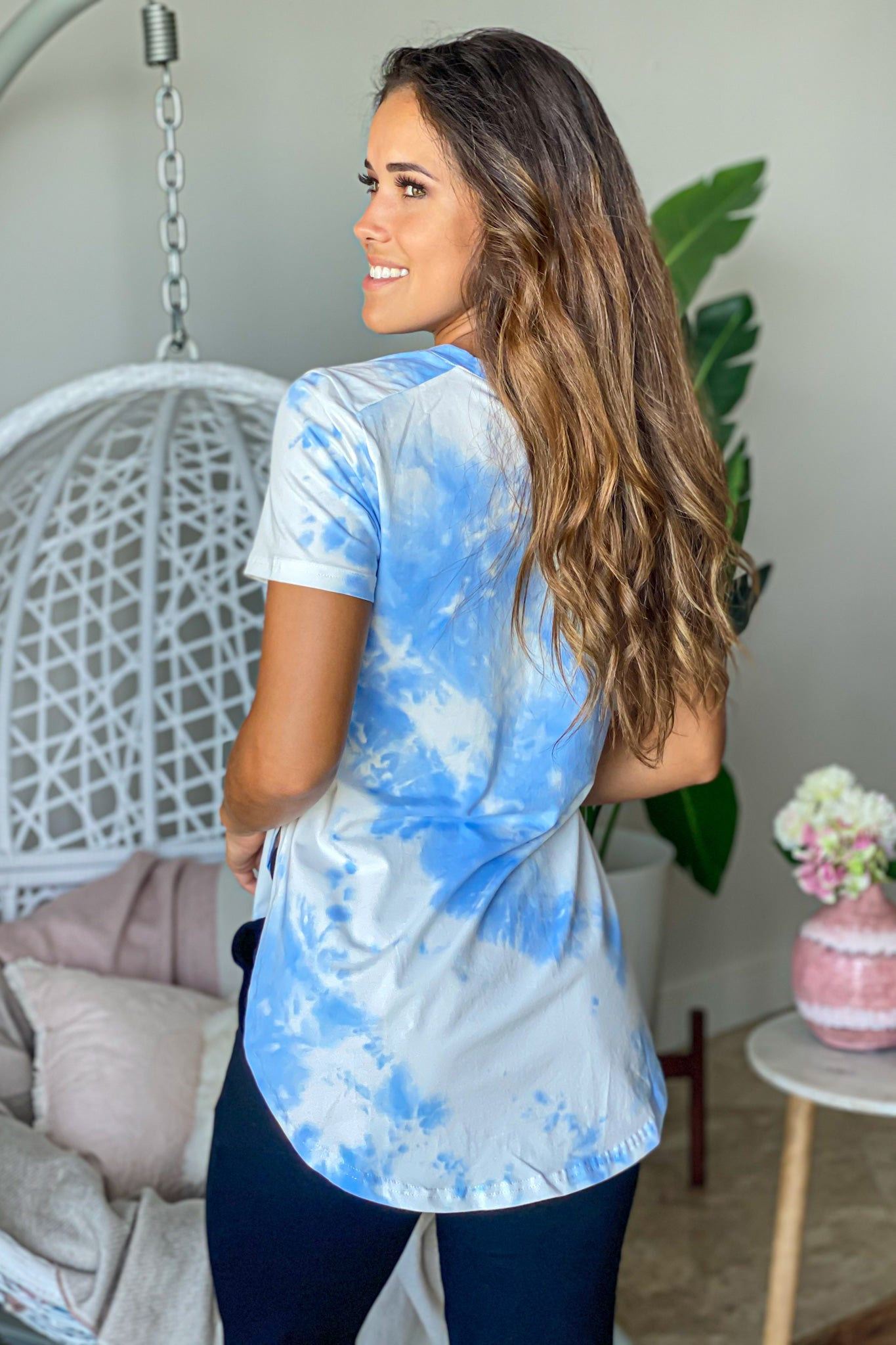 blue tie dye cute top
