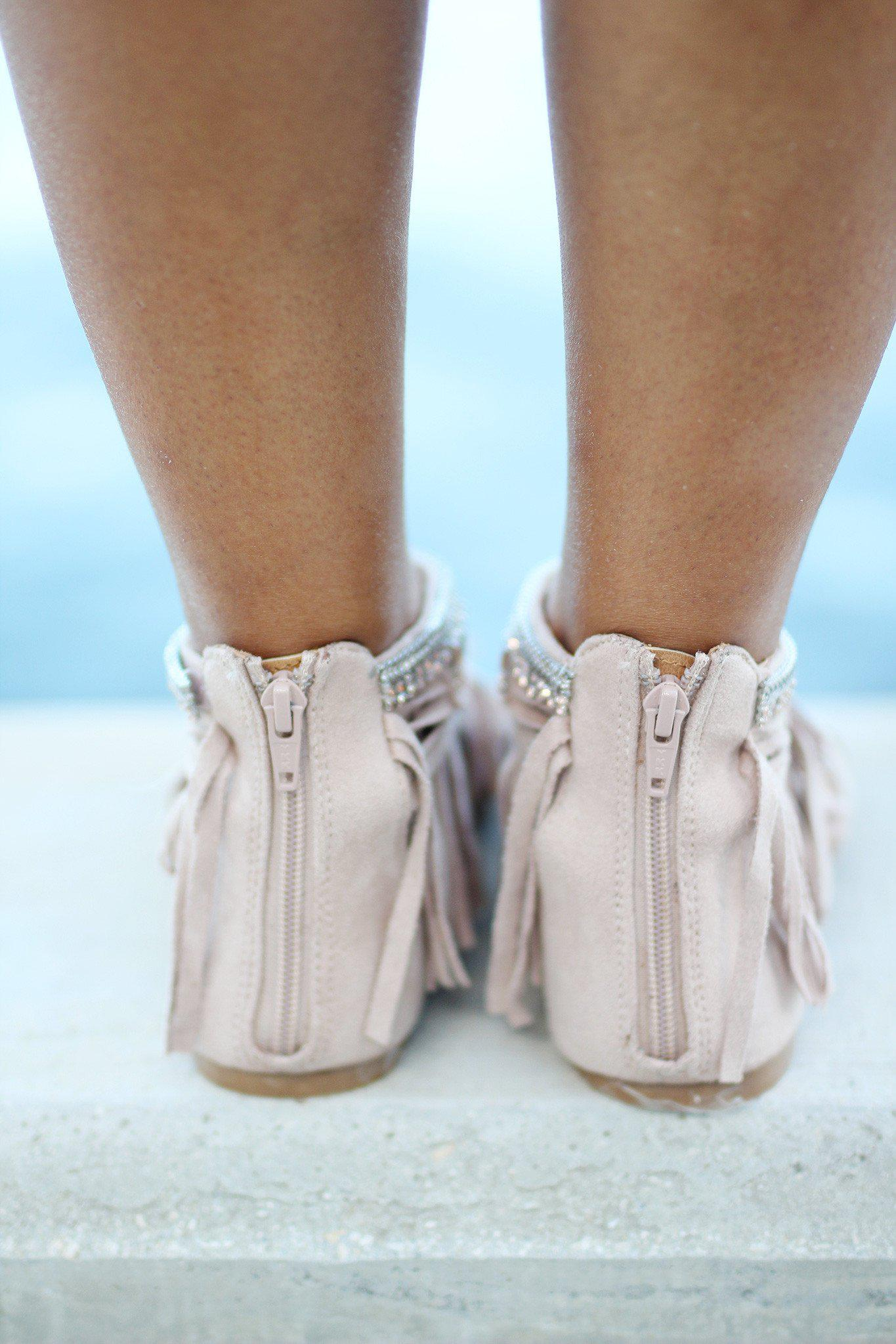Total Babe Blush Fringe Sandals