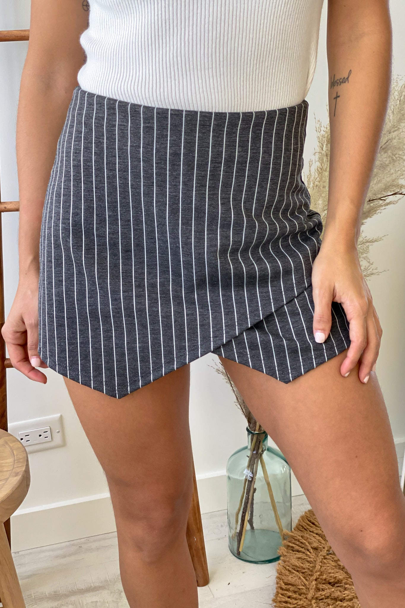 charcoal striped envelope skort