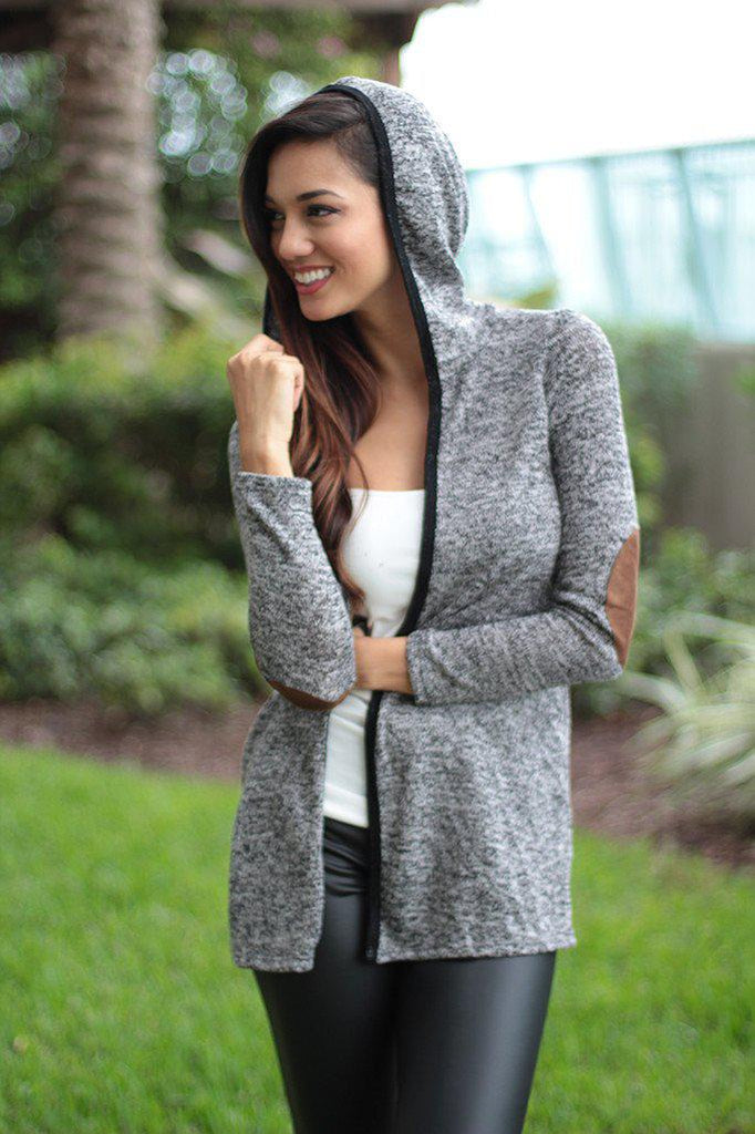 gray knit hoodie