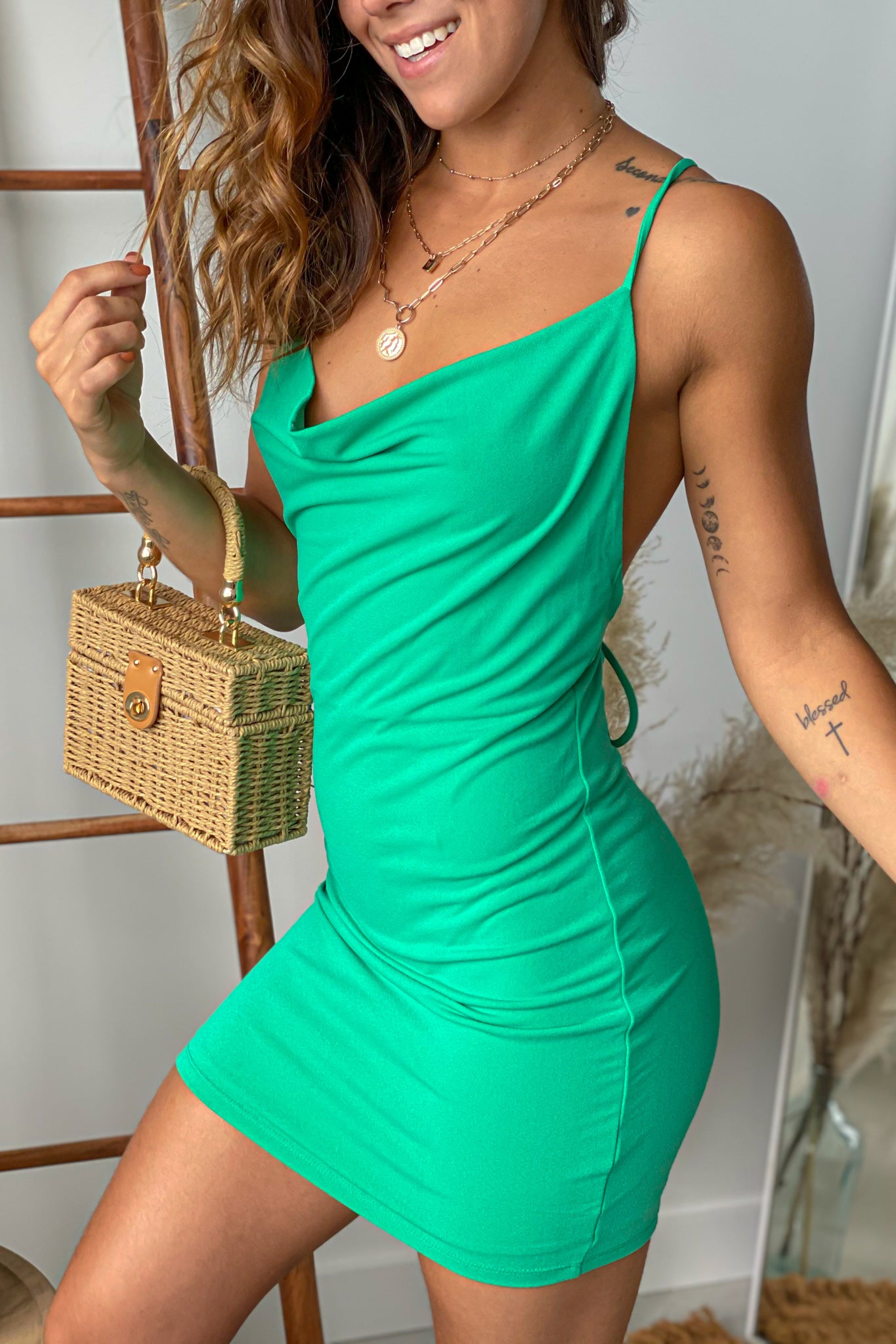 green bodycon short dress