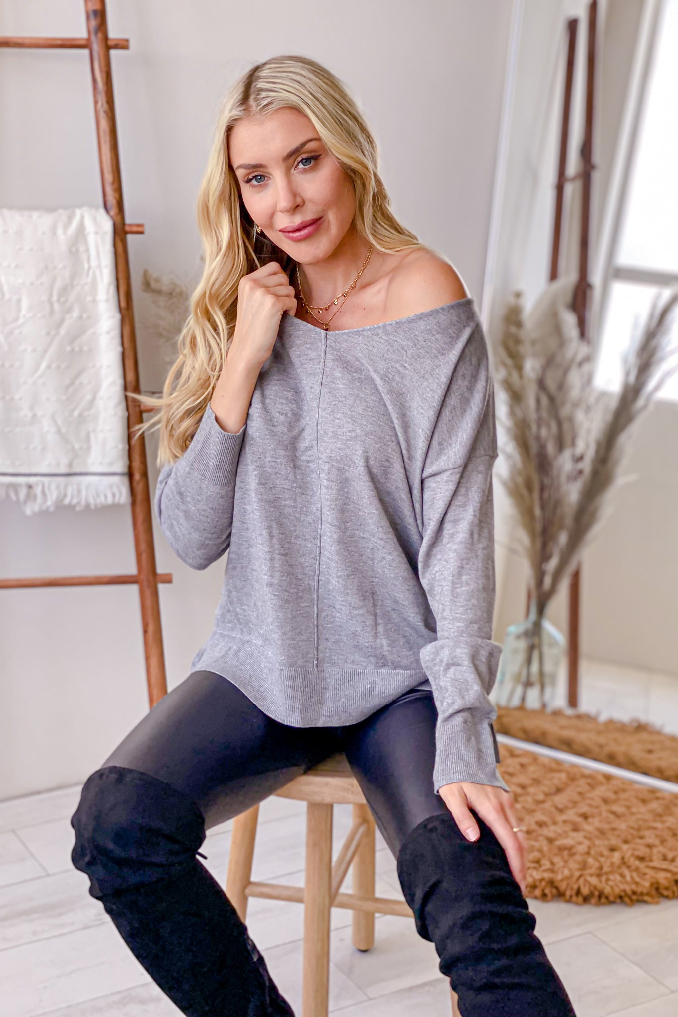 heather gray cute top