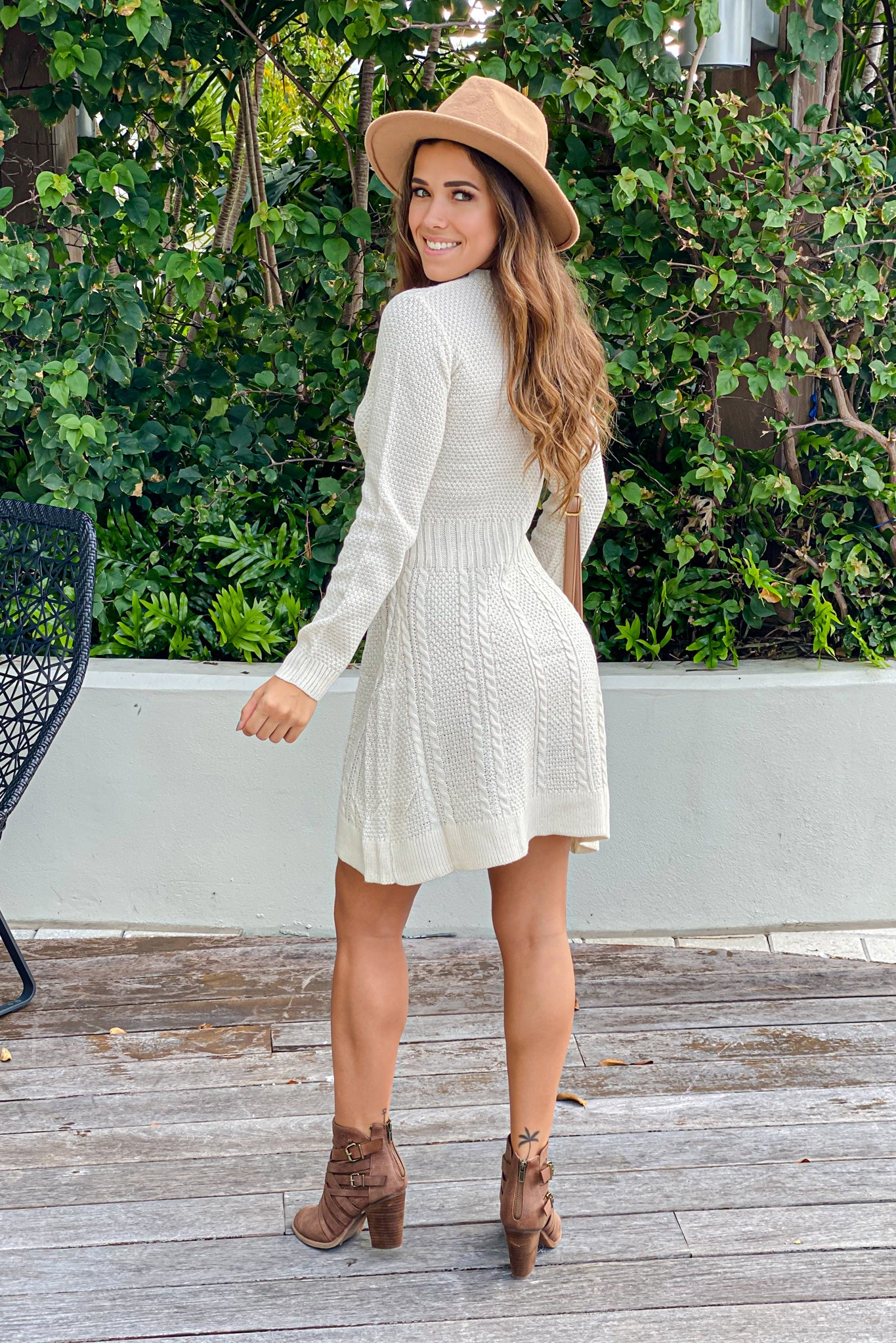 ivory knit casual short dress