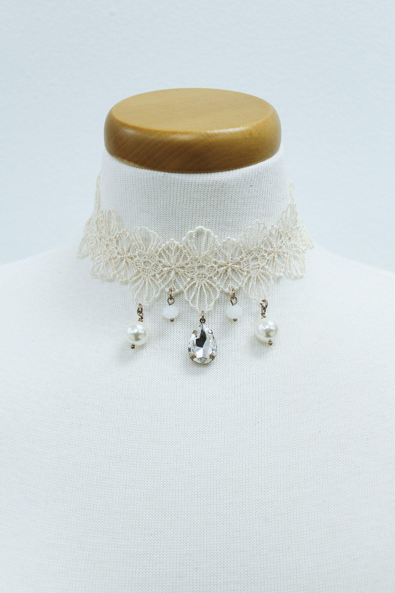 ivory crochet choker with pearls and crystal