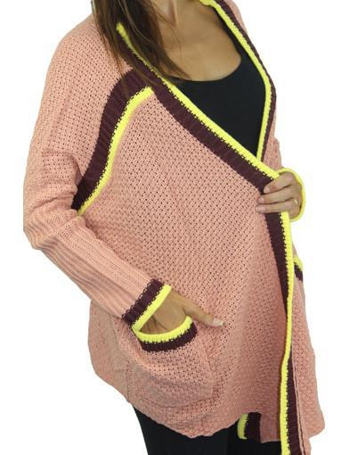 Knit peach sweater with pockets - zoomed view
