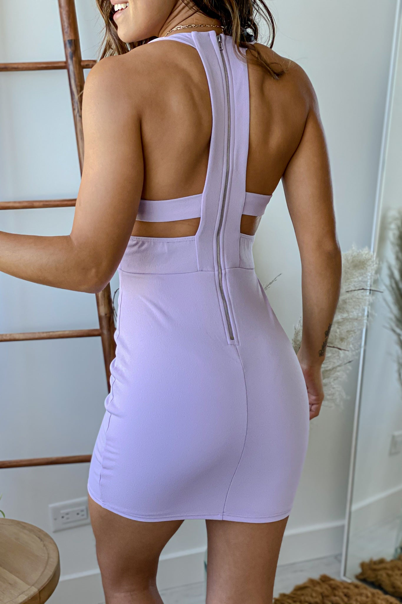 lilac v-neck short dress