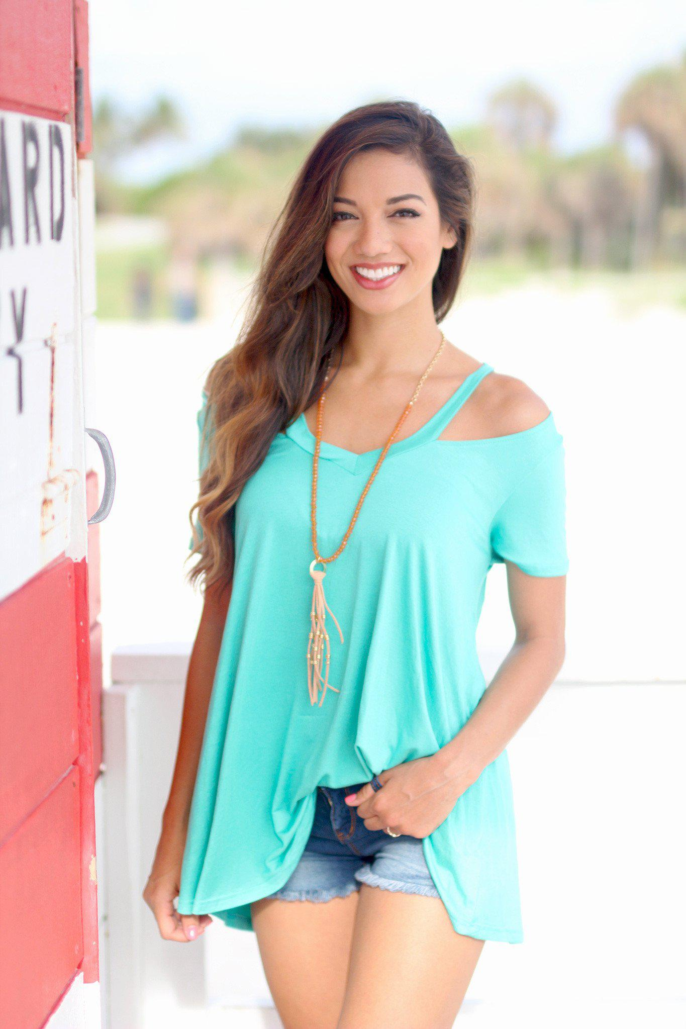 Jade Cut Out Short Sleeve Top