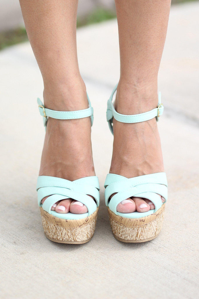 criss cross front wedges