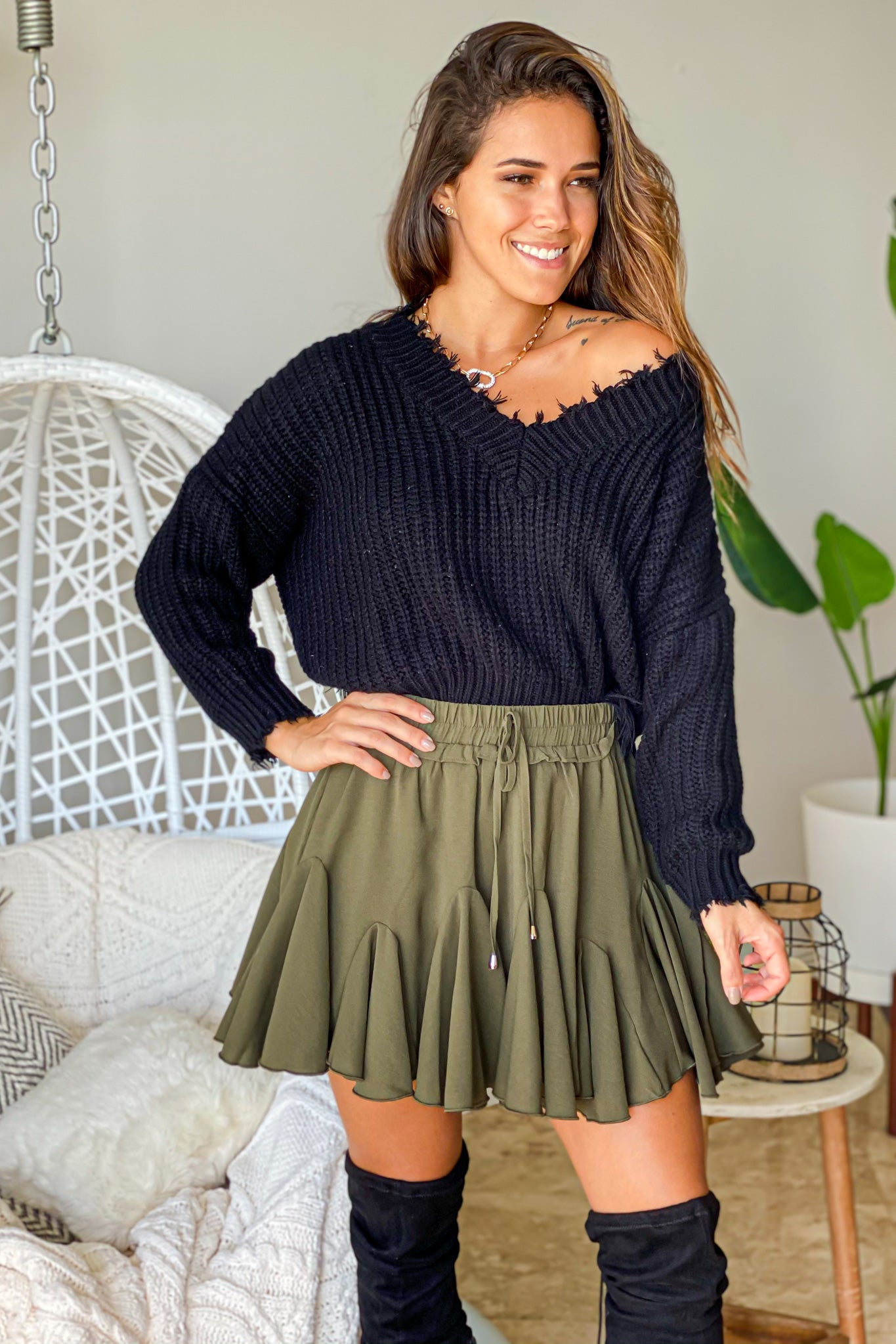 olive ruffled shorts