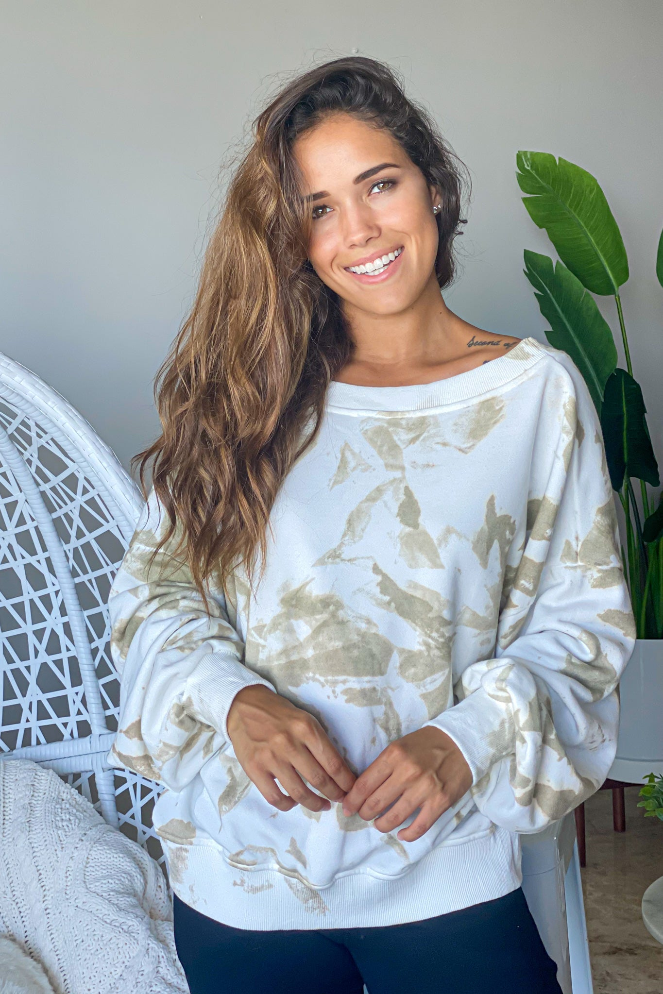 olive tie dye casual top