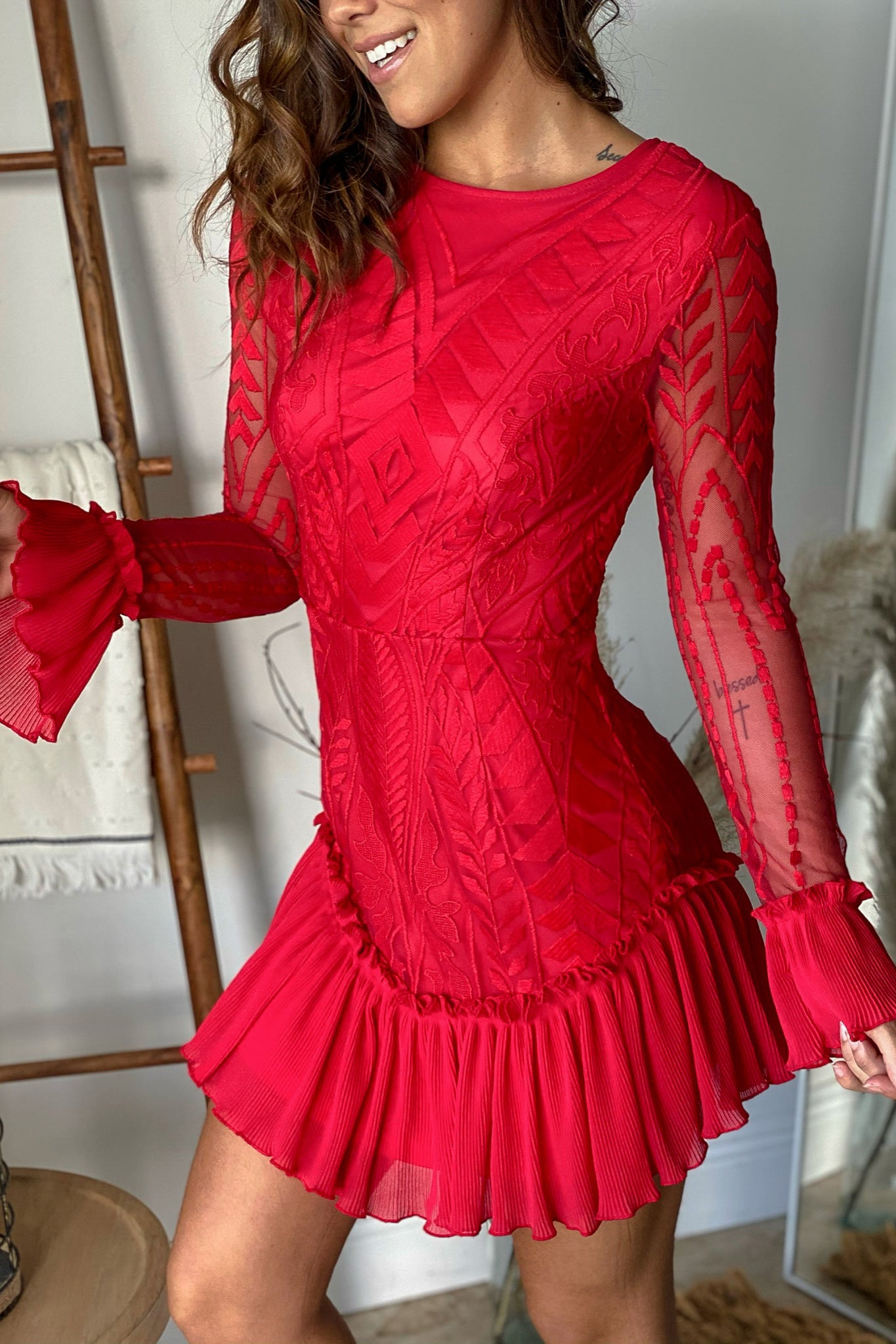 red long sleeve lace short dress