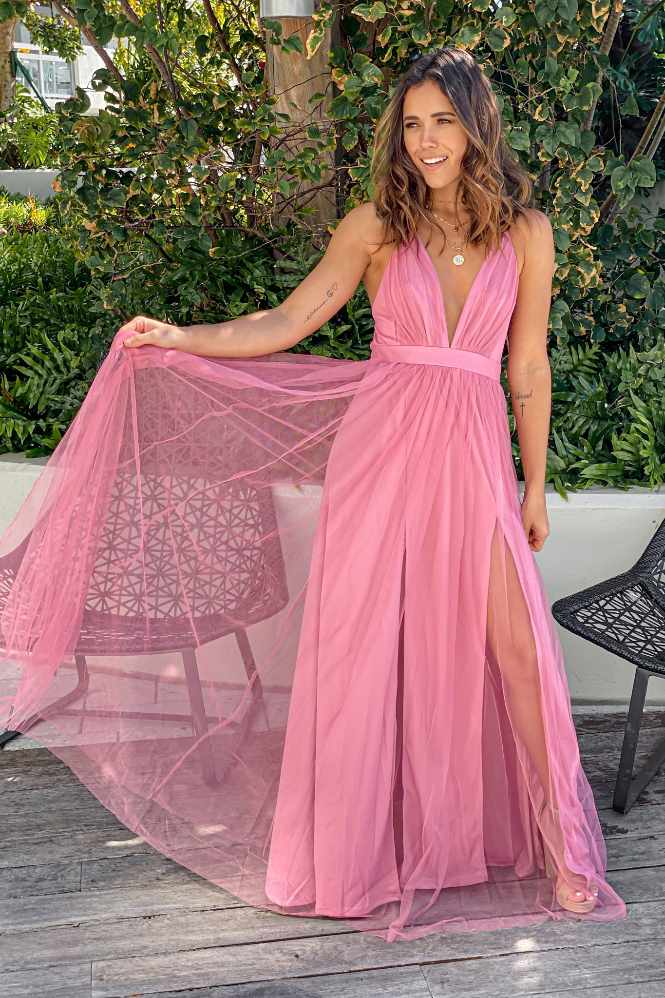 rose v-neck tulle maxi dress with criss cross back
