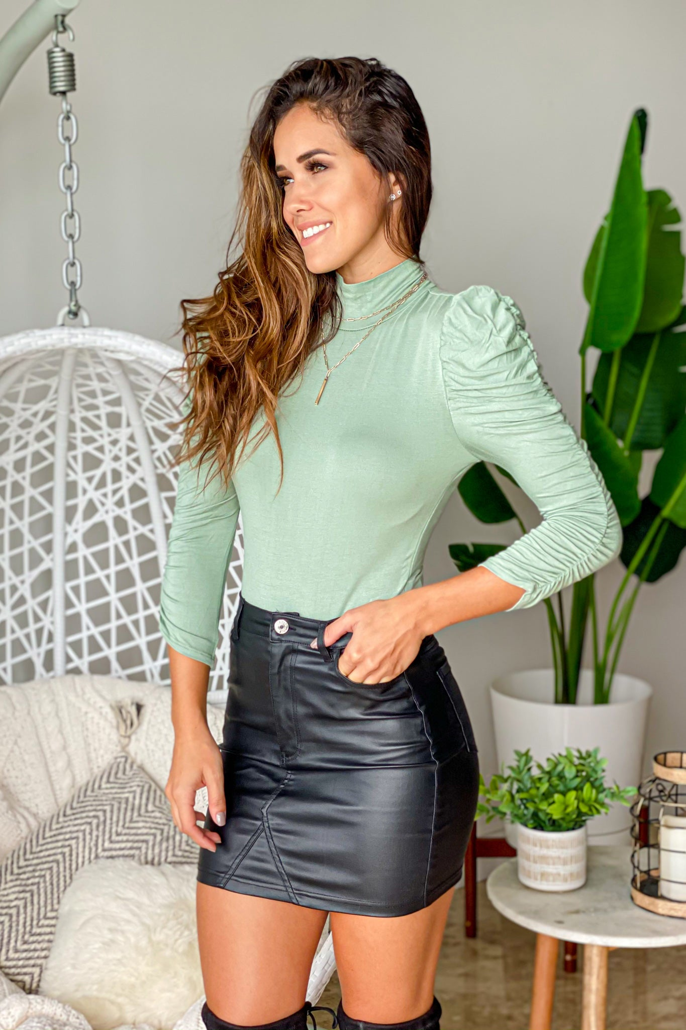 sage basic bodysuit
