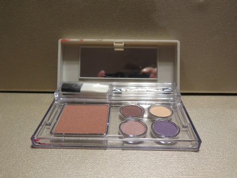 Elizabeth Arden 4 Eye Shadows & Bronzing Powder Palette - Discontinued Beauty Products LLC