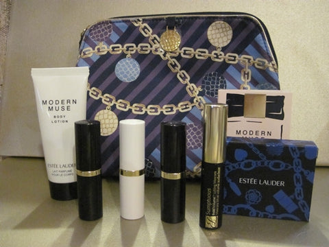 Estee Lauder Gift Set in Cosmetic Bag - Discontinued Beauty Products LLC