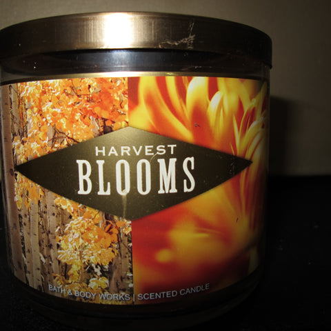 BATH & BODY WORKS THREE WICK CANDLE 14.5 OZ HARVEST BLOOMS - Discontinued Beauty Products LLC