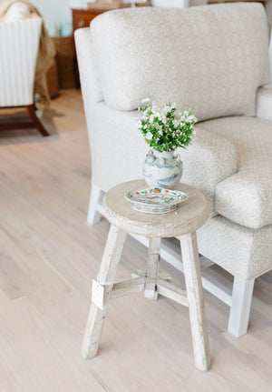 Elm Round Table Weathered Wash - Amy Berry Home