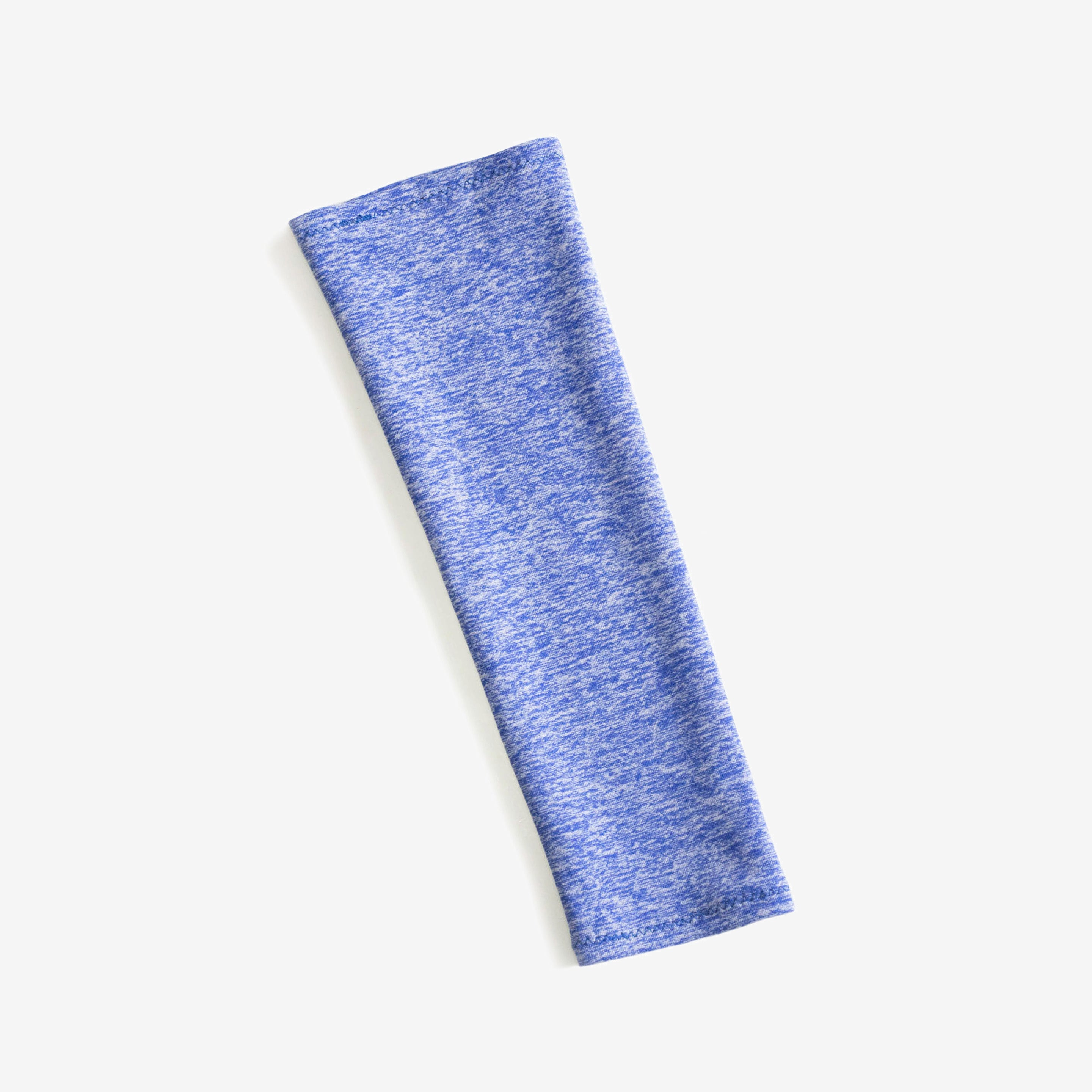 Soft, moisture wicking sleeves protect against sun exposure, available in indigo color