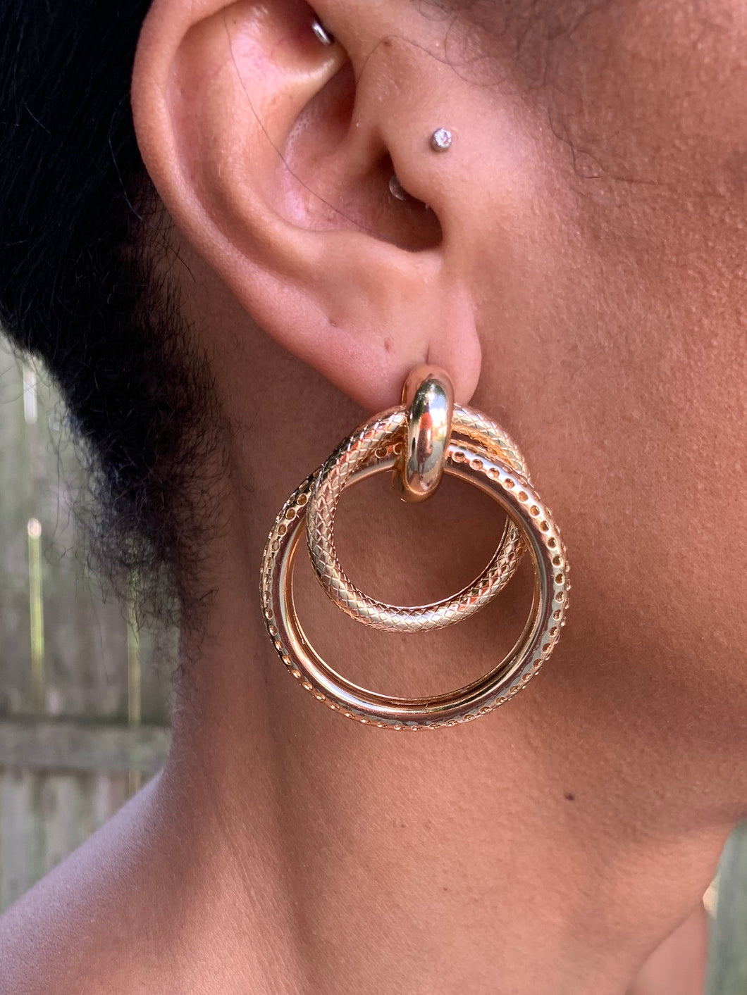 TRULY EARRINGS