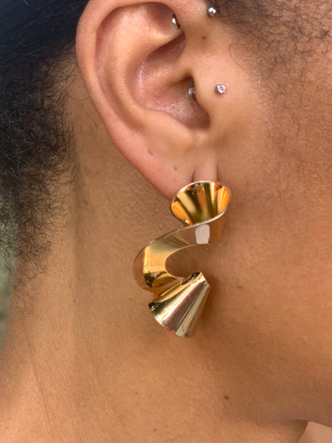 FRENCH TWIST EARRINGS