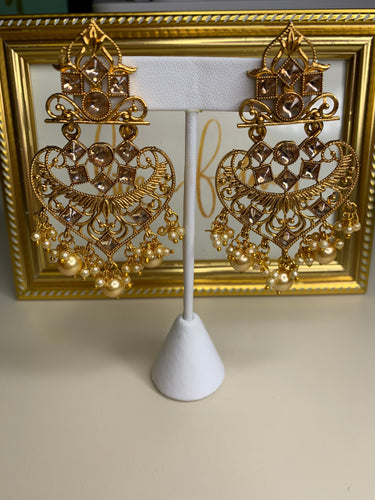 MAJESTY EARRINGS
