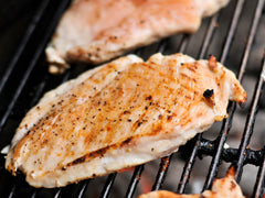 5 Mistakes Everyone Makes During Summer Grillin'