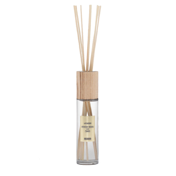 Smoked Cedar and Musk | Reed Diffuser