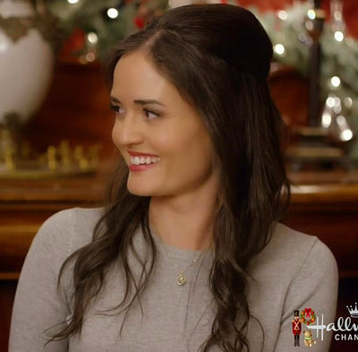 Danica McKellar necklace