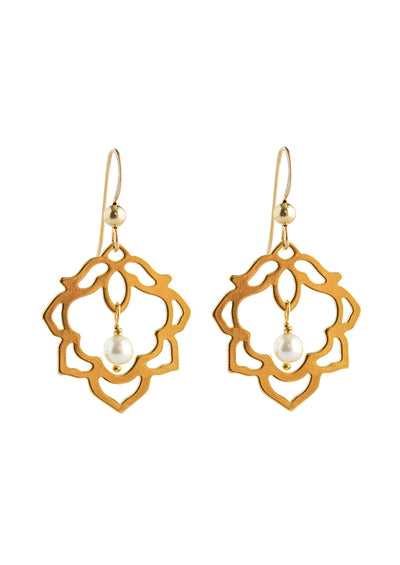 Elizabeth earrings as seen on When Calls The Heart and Aurora Teagarden Mystery