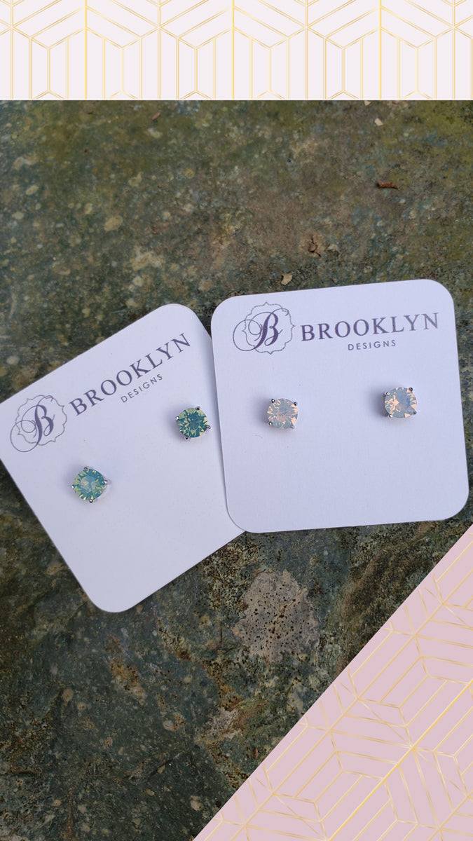 Sparkle Studs White Opal
