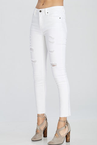 DISTRESSED WHITE DENIM SKINNY JEANS