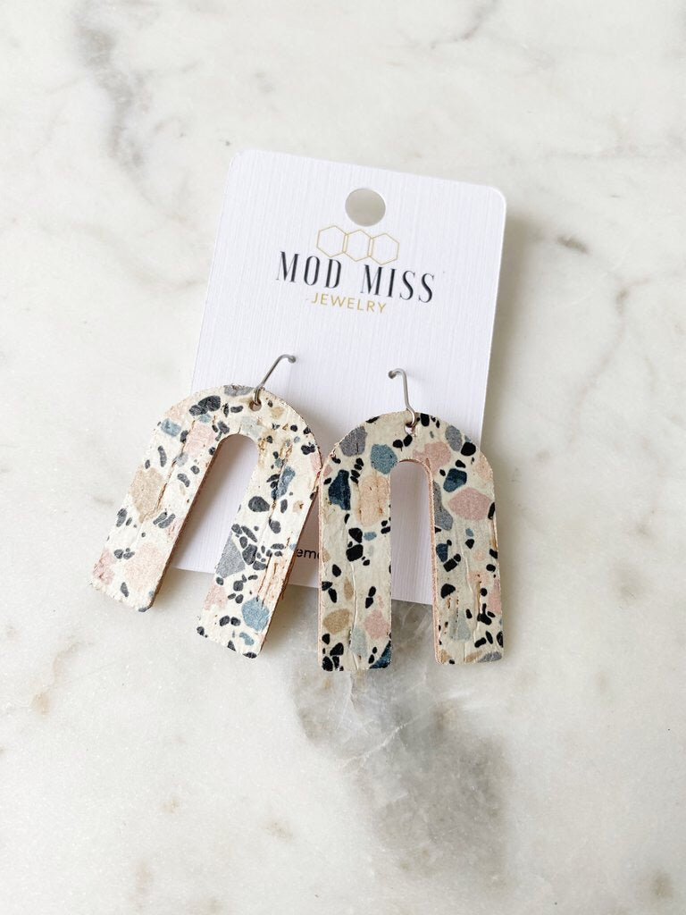 LEATHER CORK EARRINGS