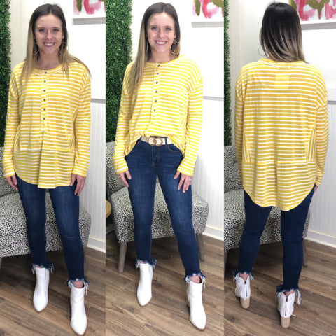 SUNSHINE STRIPE BUTTON TEE