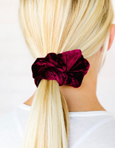 PLUSH VELVET SCRUNCHIES