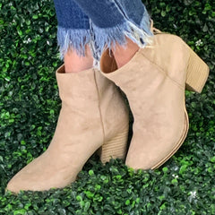 WENDY TAUPE BOOTIE