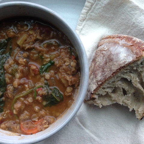 spicy lentil and spinach vegan soup