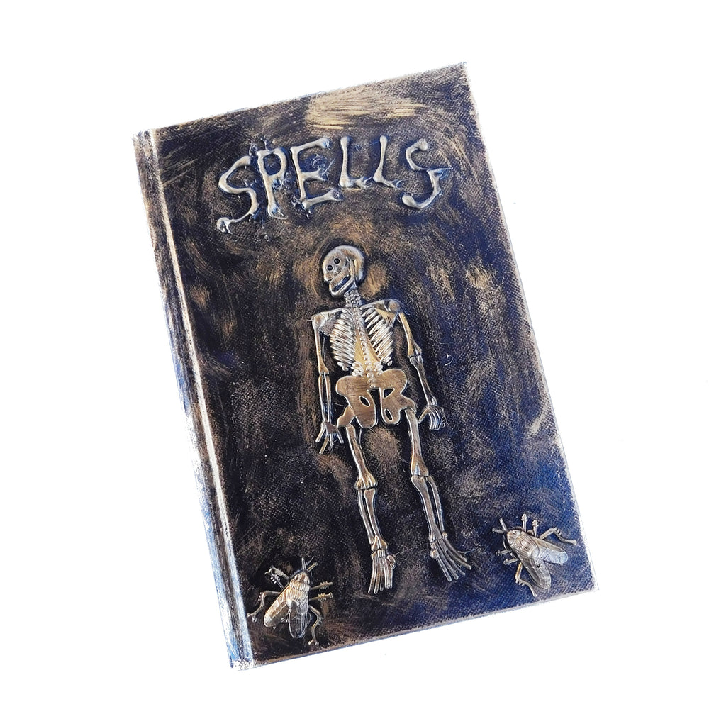 Spooky Spell book tutorial