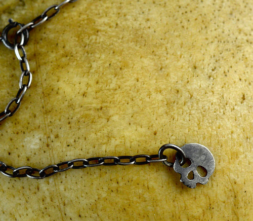 Sterling Silver Skull Charm Lariat Necklace