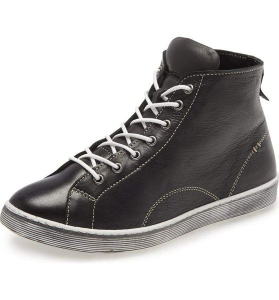 ALESE Hi-Top Sneaker in Black