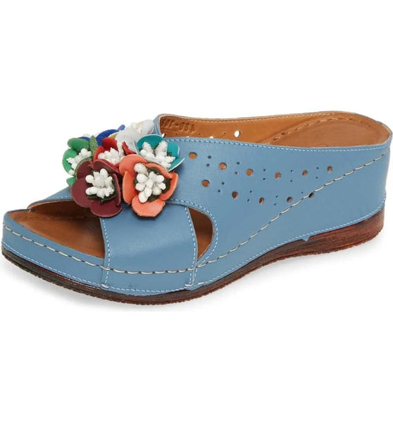 KIRAS FLOWERED WEDGE SANDAL - DENIM
