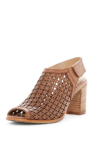 """Playa"" Sandal in Light Tan"