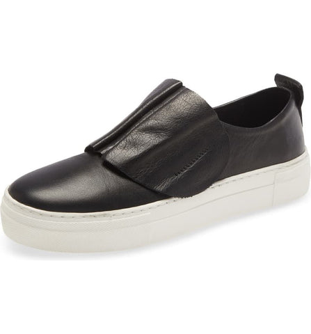 RYE Leather Sneaker in Black
