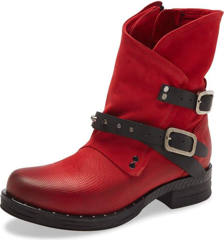 STEPPE Moto Bootie in Red